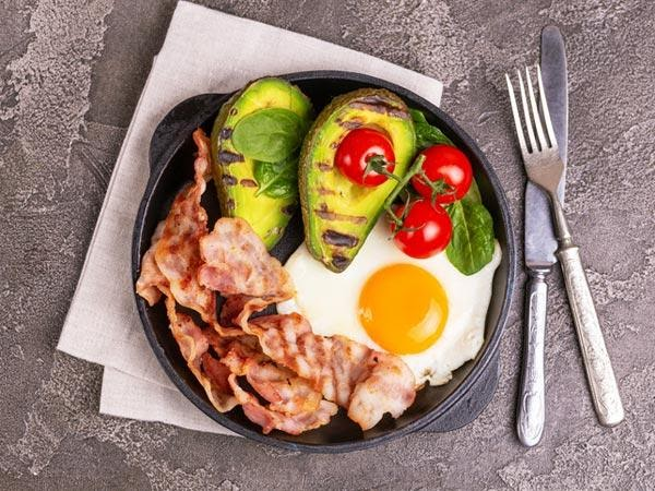 What is the Keto Diet and risks associated with the keto diet?